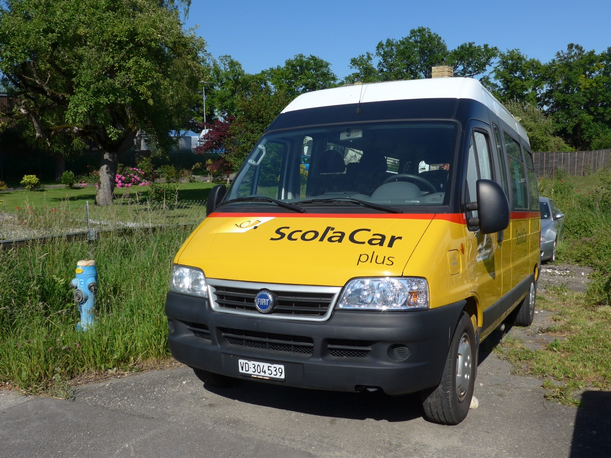 (161'384) - CarPostal Ouest - VD 304'539 - Fiat am 28. Mai 2015 in Cossonay