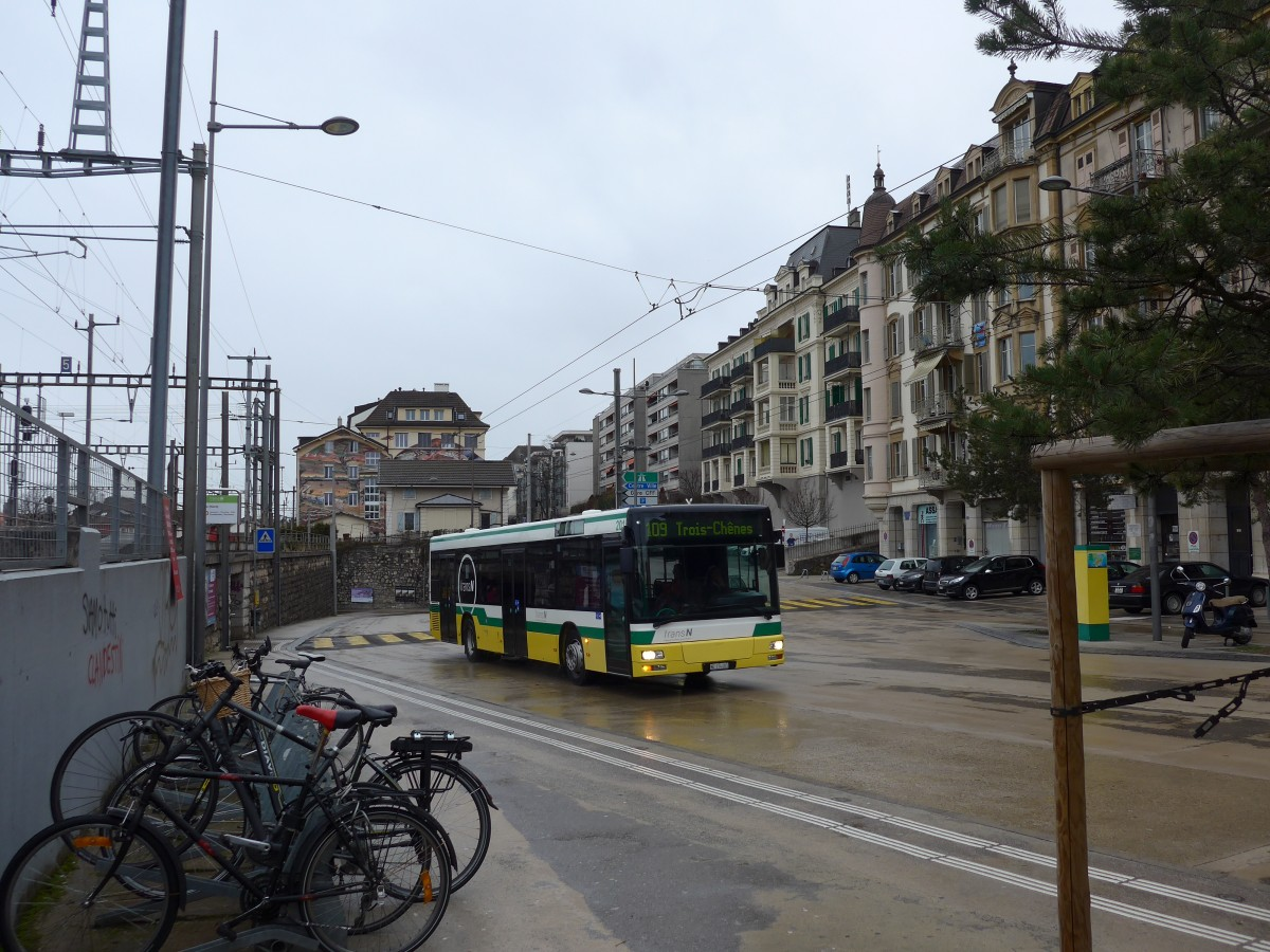 la chaux de fonds men In april 2011, trn announced that it wanted to replace the trolleybuses in la chaux-de-fonds by 2014 with hybrid buses, sparking vigorous protests.