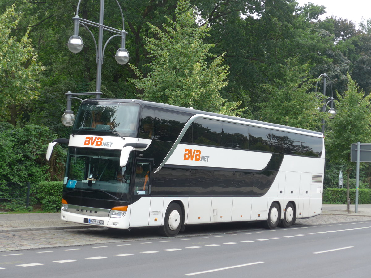 (183'274) - BVB Berlin - B-VB 1490 - Setra am 10. August 2017 in Berlin, Brandenburger Tor