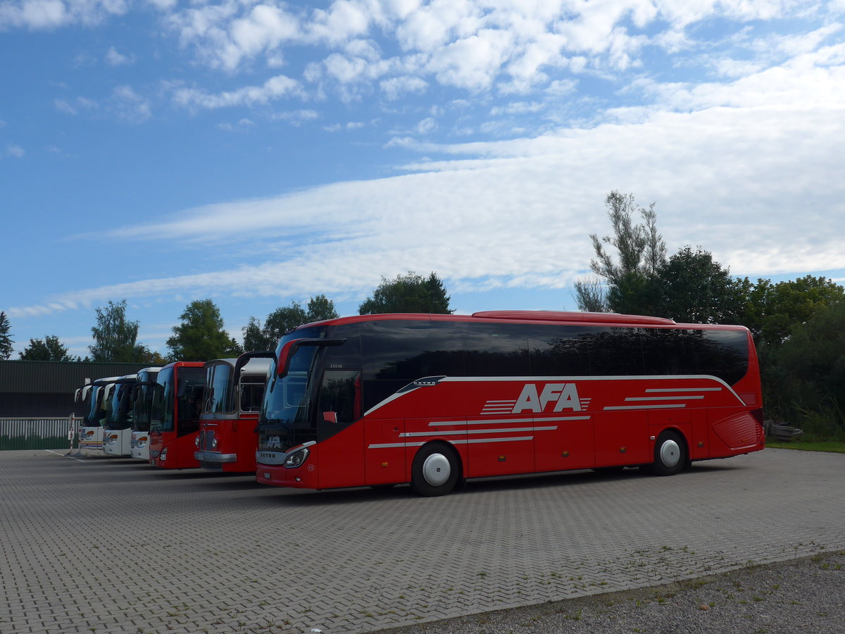 (183'889) - Aus der Schweiz: AFA Adelboden - Nr. 15/BE 26'702 - Setra am 23. August 2017 in Bad Dürrheim, Garage Luschin