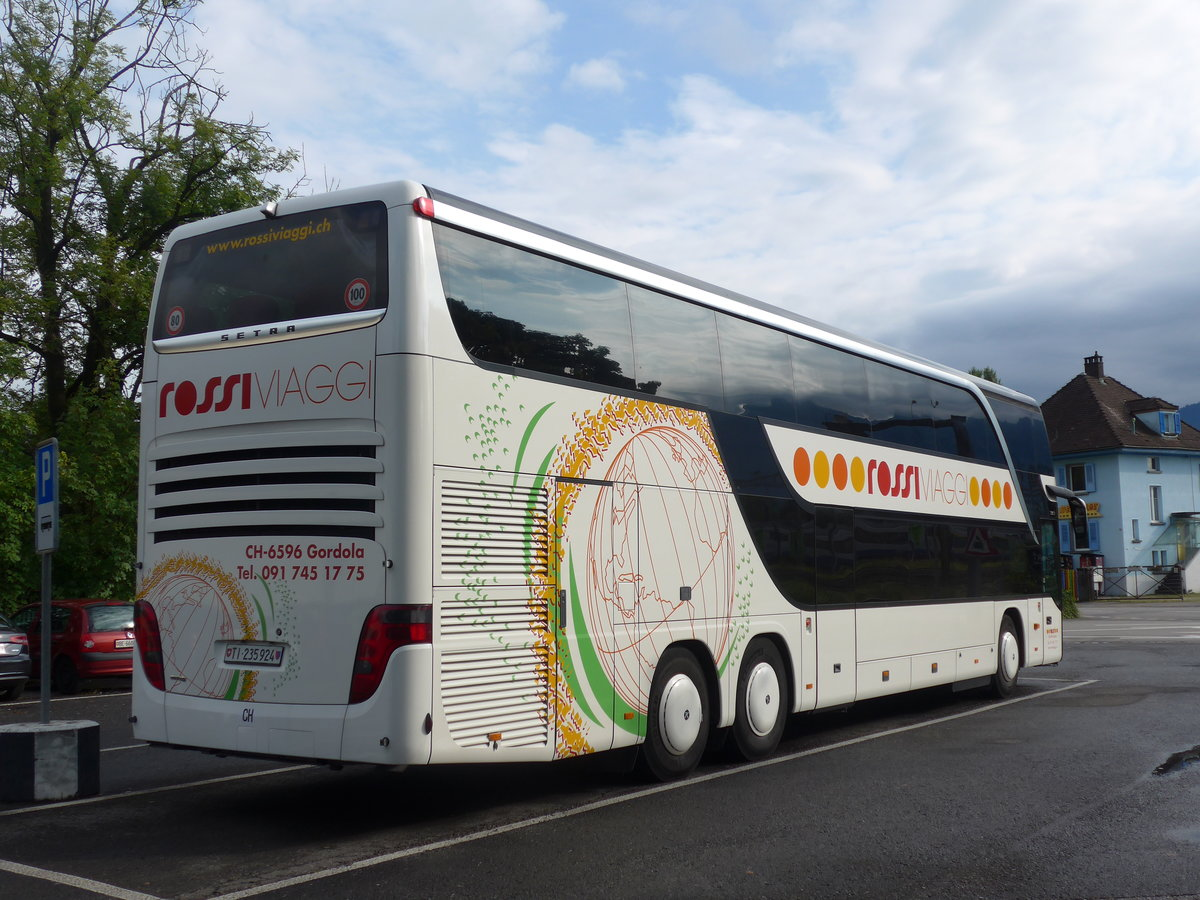 (184'539) - Rossi, Gordola - TI 235'924 - Setra am 2. September 2017 in Thun, Seestrasse