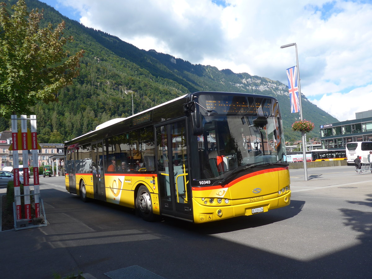 (184'614) - PostAuto Bern - BE 836'434 - Solaris (ex Nr. 581) am 3. September 2017 beim Bahnhof Interlaken Ost