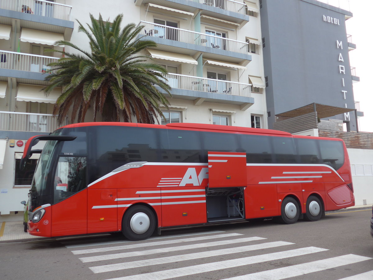 (185'715) - Aus der Schweiz: AFA Adelboden - Nr. 16/BE 21'181 - Setra am 30. September 2017 in Roses, Hotel Maritim