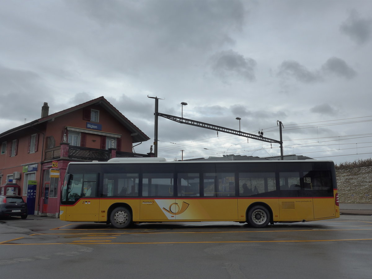 (189'796) - PostAuto Bern - Nr. 536/BE 734'536 - Mercedes am 1. April 2018 beim Bahnhof Biglen