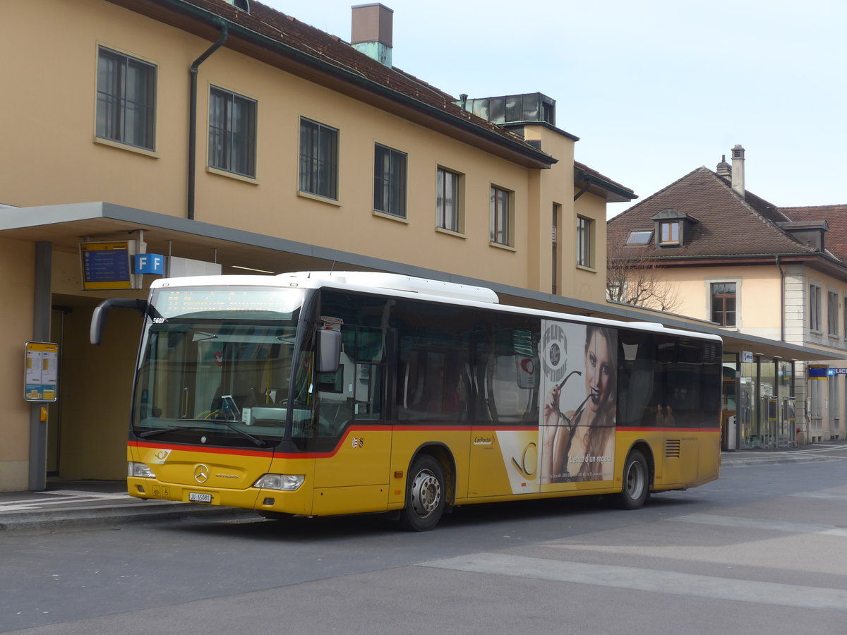 (189'872) - CarPostal Ouest - JU 65'081 - Mercedes (ex Nr. 14) am 2. April 2018 beim Bahnhof Delémont