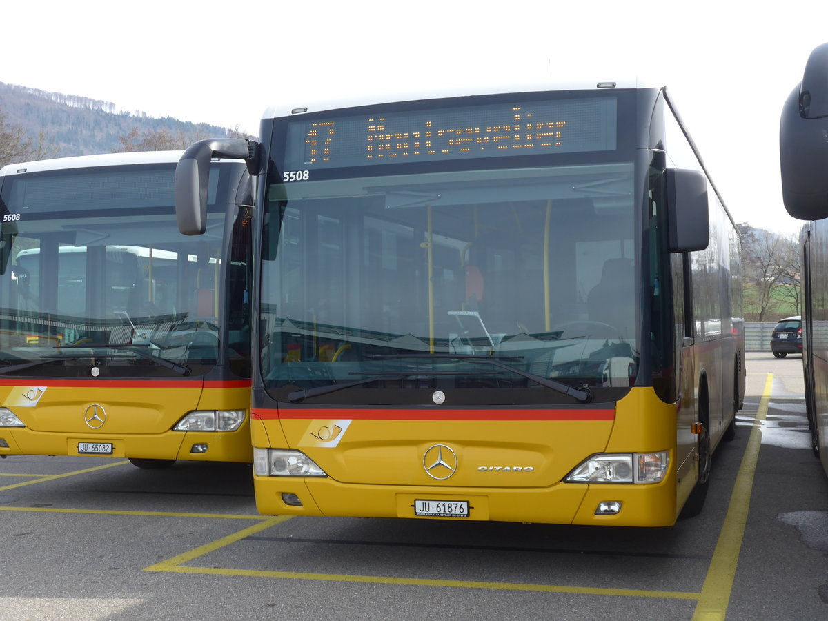 (189'885) - CarPostal Ouest - JU 61'876 - Mercedes (ex Nr. 16) am 2. April 2018 in Develier, Parkplatz
