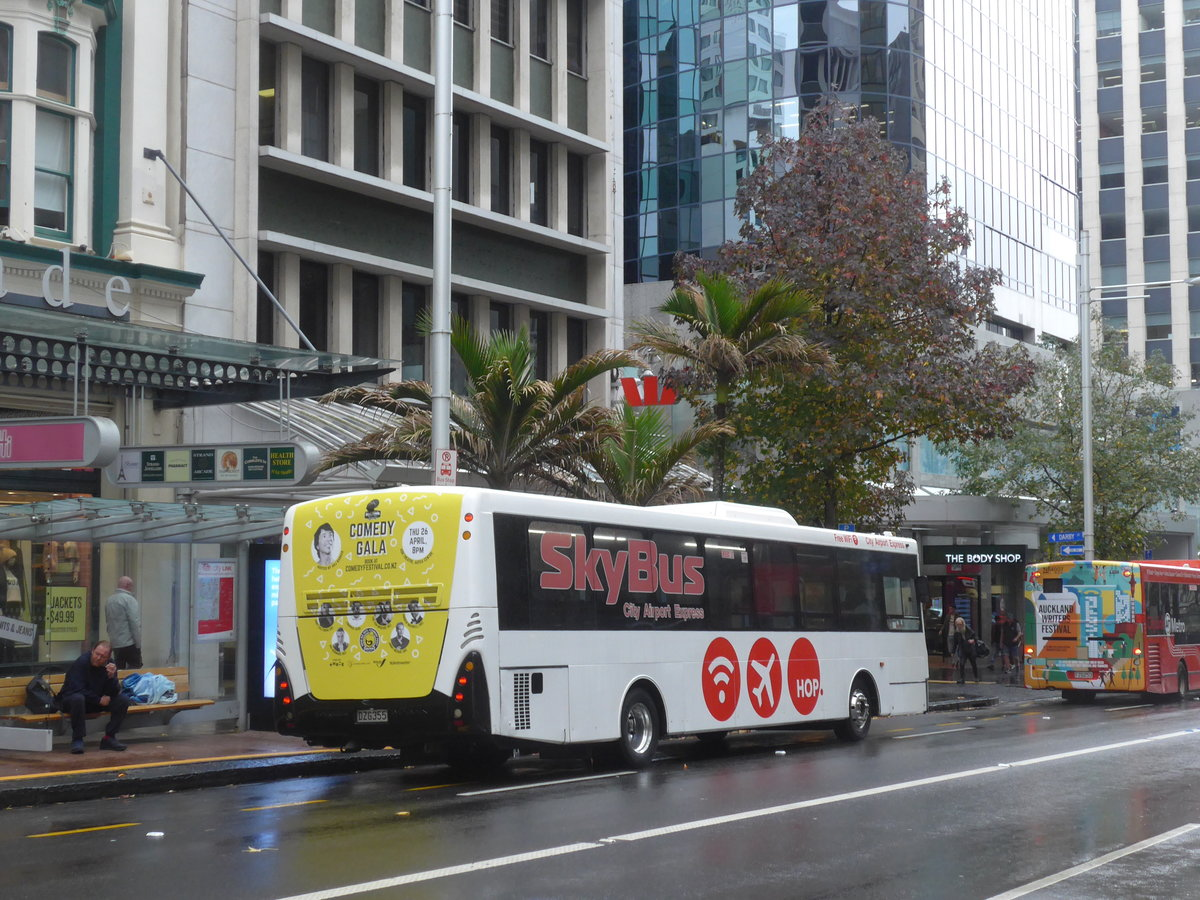 (192'066) - SkyBus, Auckland - Nr. 96/DZG355 - MAN/Designline am 30. April 2018 in Auckland