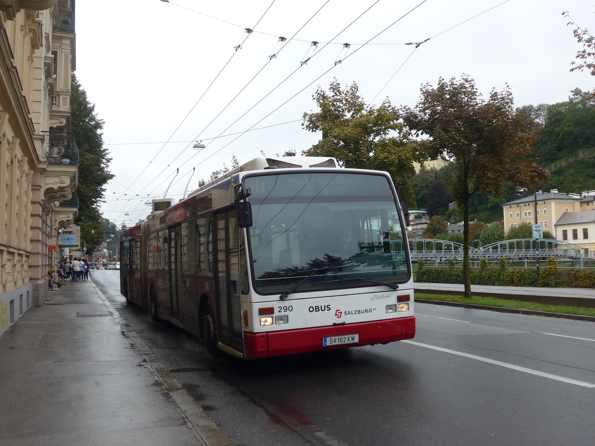 (197'501) - OBUS Salzburg - Nr. 290/S 162 KW - Van Hool Gelenktrolleybus am 14. September 2018 in Salzburg, Mozartsteg