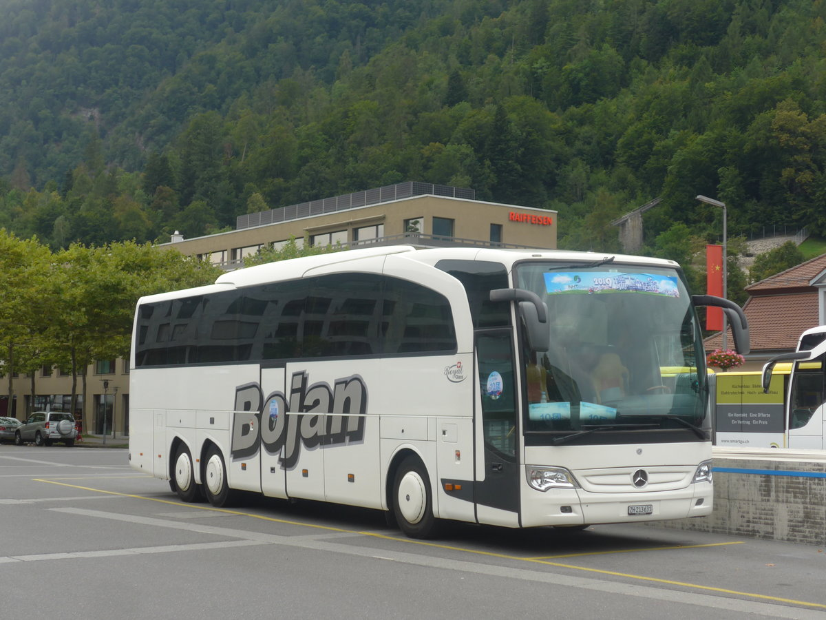 (209'211) - Bojan, Glattbrugg - ZH 213'631 - Mercedes am 1. September 2019 beim Bahnhof Interlaken Ost